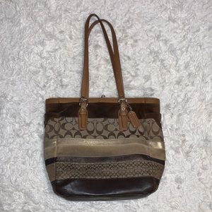 2000s Coach Shoulder Bag